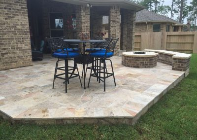 Fantastico_Travertine_Patio_Fire_pit_and_Sitting_Bench
