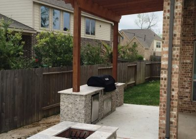 Primo_Outdoor_Living_Gas_Fire_Pit__Outdoor_Kitchen____Pergola