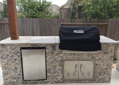 Primo_Outdoor_Living_Outdoor_Kitchen_with_Refrigerator__Grill__and_Acess_Door