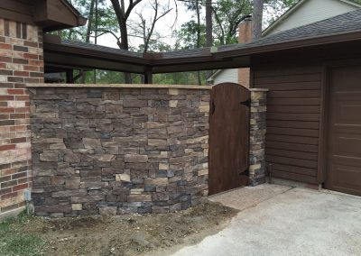 Stone_Fence___Custom_Gate_by_Primo_Outdoor_Living
