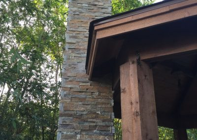 chimney-at-soffit-on-primo-outdoor-fireplace