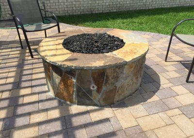 rhodes-fire-pit-w-quilted-flagstone-veneer