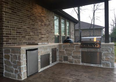 Outdoor-Kitchen-Granite-Counter-BBQ-Grill-Side-Burner-Sink-Bar-Top-Refrigerator-Smoker-Montgomery-Magnolia-Conroe